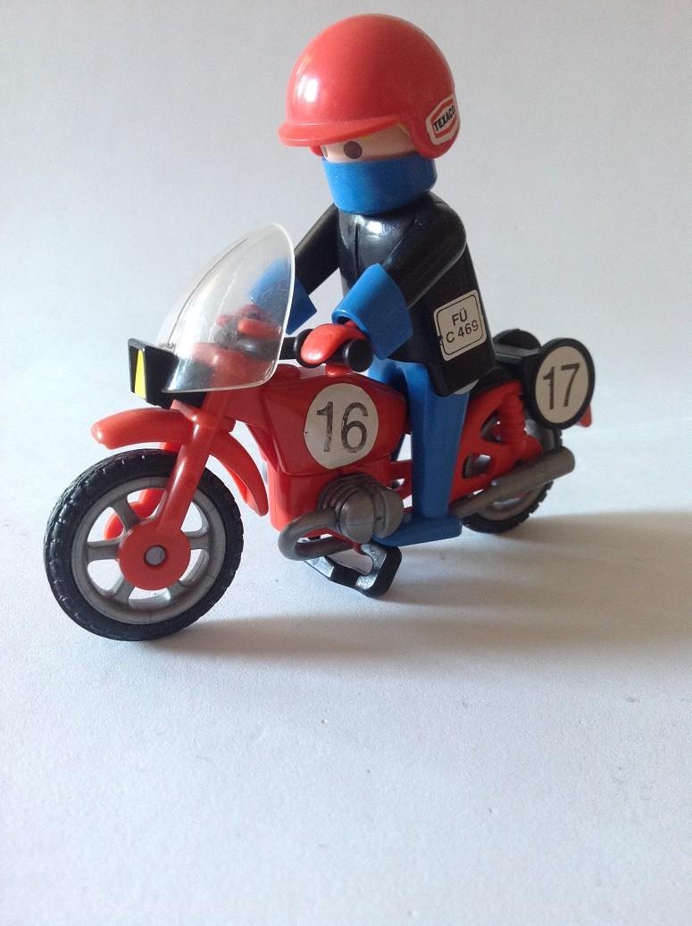 3565 MOTO CLASICA AÑO 1982